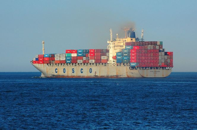 cosco_freighter